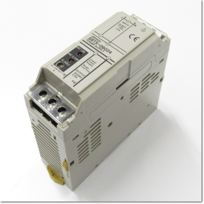 S8TS-06024 ブロック電源 24V 2.5A (OMRON)