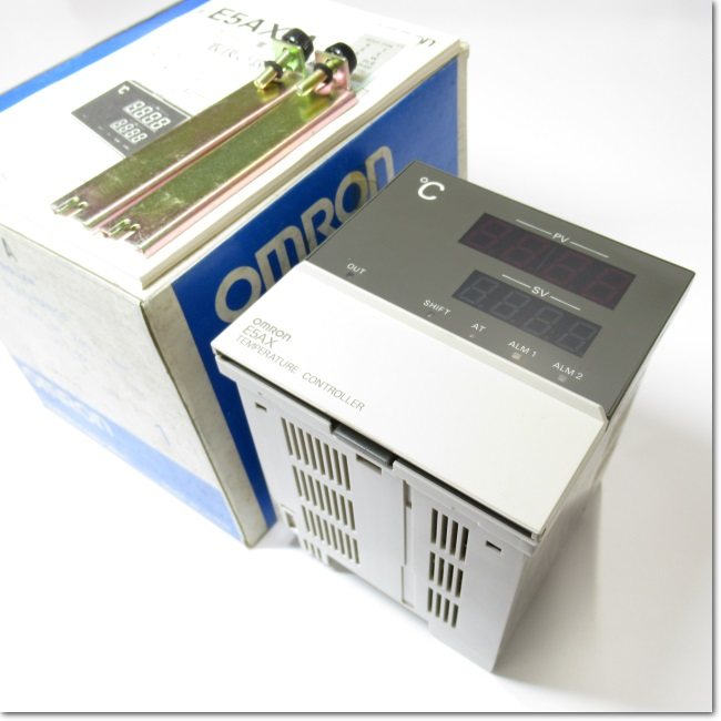 E5AX-A AC100-240V  デジタル指示温度調節器 制御出力ユニットなし (OMRON)